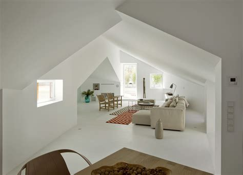 mansarde con terrazzo un attico total white con terrazzo mansarda it