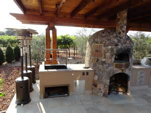 pizza kitchen design outdoor kitchen pizza oven design conexaowebmix com