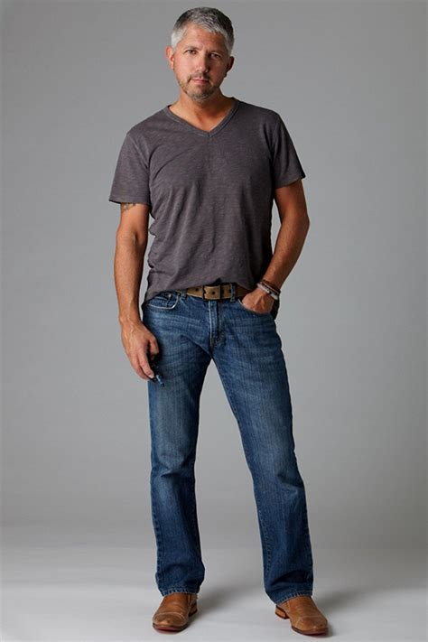 clothes for 40 uear ld men how to choose men shoes wear with jeans look nicely