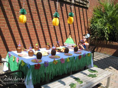 hawaiian themed decorations ideas