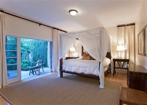 how to be ually romantic in the bedroom 4 post bed with fabric overall very romantic bedroom