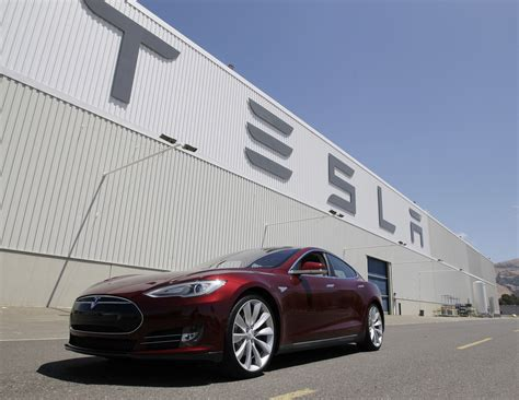 despite consumer report downgrade tesla reliability