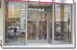 Store Front Glass Doors Tempered Glass Doors Ny Glass Company New York Emergency Glass Board Ups Commercial Door