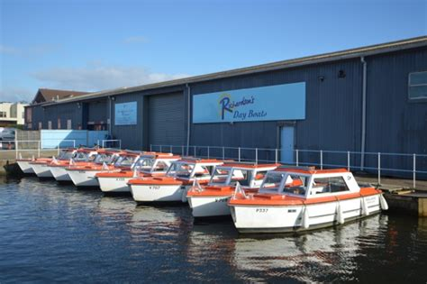 boats on the norfolk broads norfolk broads day boat hire richardson s day boat hire