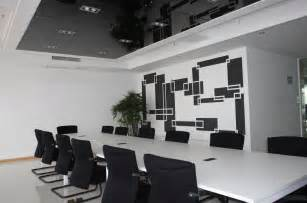Conference Room Layout Pin Small Office Meeting Room Design Office Meeting Room