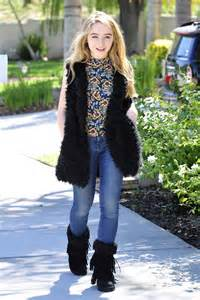 Burbank Barnes And Noble Sabrina Carpenter Out And About In Burbank 10 12 2015