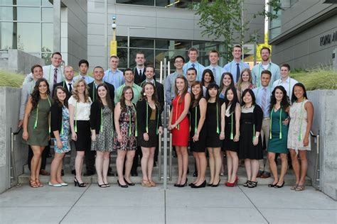 celebrating at the honors banquet uo business blogs