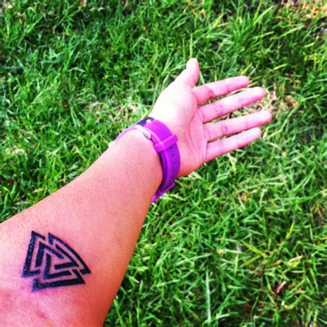 valknut tattoo pinterest tattoo valknut tattoo pinterest tattoos and body art