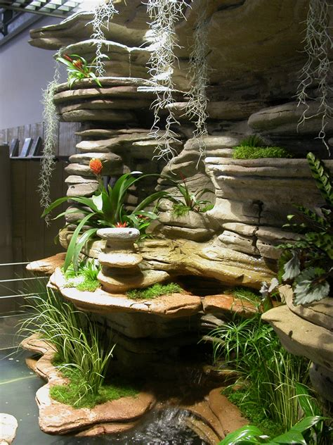 Vertical Garden Indoor - photos of indoor and outdoor natural decorations gallery