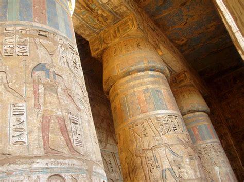 imagenes de columnas egipcias egipto