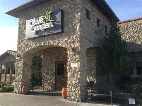 olive garden independence 13910 e us highway 40 menu prices restaurant reviews tripadvisor