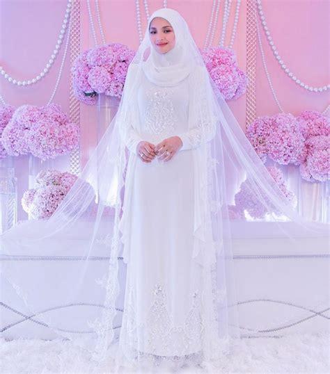 Baju Kahwin Longgar 10 busana anggun hari bahagia selebriti malaysia tahun 2017 daripada majlis berinai bertunang