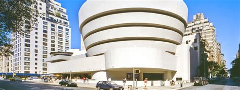 Lloyd Wright Architecture solomon r guggenheim museum new york city dk