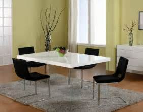 Black Dining Table White Chairs Sharp White High Gloss Dining Table And Black Chairs Set Fantastic Furniture Ideas