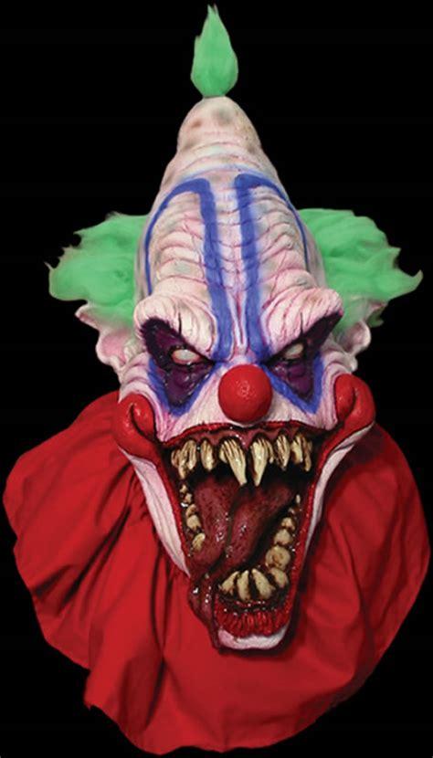horrify  people    scary masks