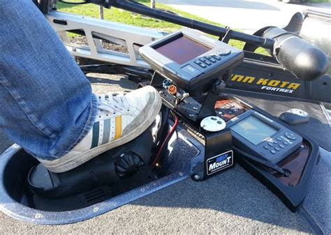 bass boat fish finder mounts 42 best images about bass boats on pinterest bass boat