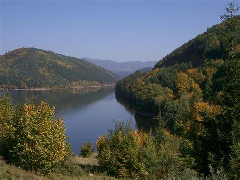 transilvania ro cazare in harghita pe malul raului tarnava mare lacul de