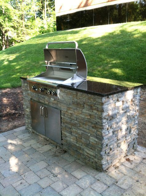 Backyard Grill Small 25 Best Ideas About Small Outdoor Kitchens On