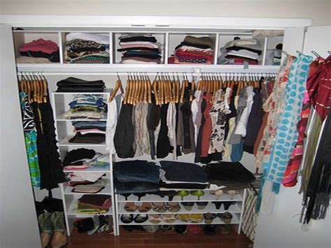 creative ideas for small walk in closet design