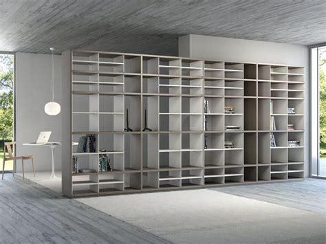 parete divisoria libreria pareti divisorie attrezzate pannelli divisori