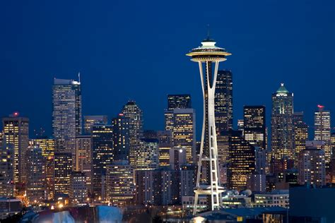city seattle exploring such great heights at seattle s space needle crowne plaza hotel seattle