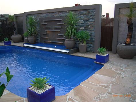 Backyard Pools Melbourne Pool Water Features Contemporary Pool Melbourne By