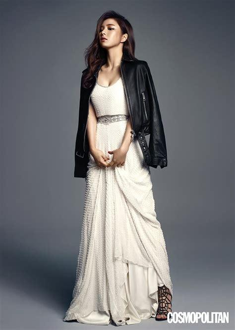 Majalah Cosmopolitan Agustus 2012 foto shin se kyung di majalah cosmopolitan korea edisi agustus 2015 foto 53 dari 104
