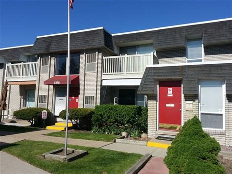3 bedroom apartments in waterford mi 5379 highland rd waterford mi 48327 rentals waterford