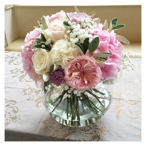 Fish Bowl Vases With Flowers by The 25 Best Fish Bowl Vases Ideas On