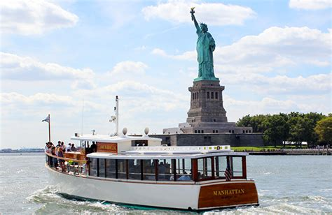 boat rental nyc groupon how to do a weekend in nyc on a budget of 300