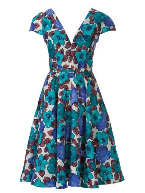 dress pattern v neck v neck flutter dress 05 2014 104 sewing patterns