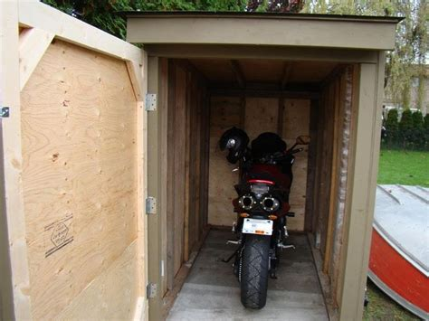 The Shed Motorcycles by 25 Best Ideas About Motorcycle Storage Shed On