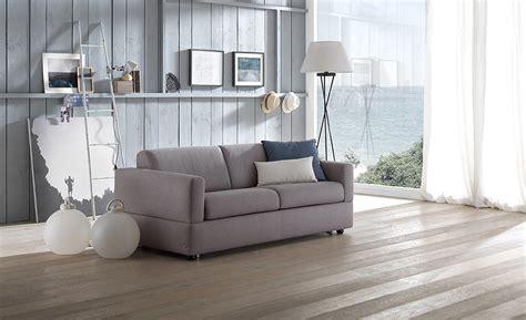 poltrona letto divani e divani awesome poltrona letto divani e divani images acomo us