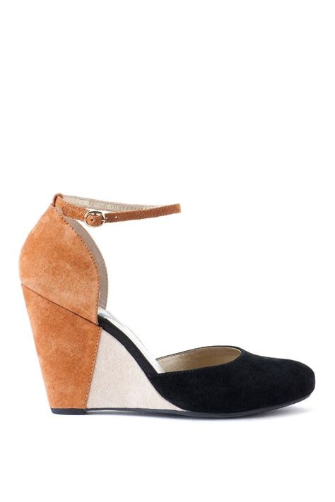 seychelles shoes seychelles shoes fight with wedge s