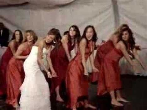 All Together Now: Choreographed Wedding Dances That Make