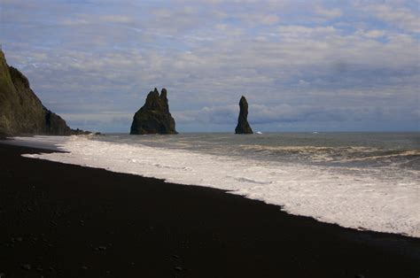 black sand beach iceland black sand beach iceland on the southern coast of