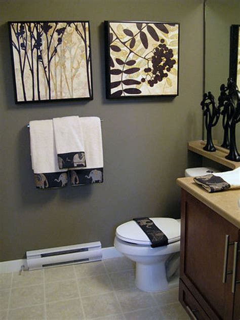 ideas to decorate bathroom walls effective bathroom decorating ideas at an affordable
