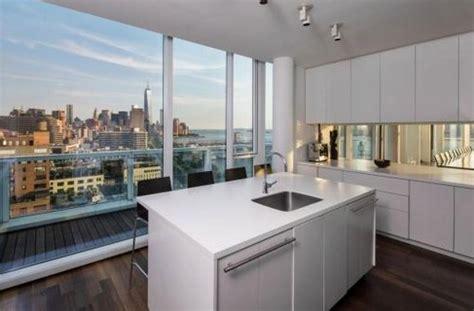 appartamenti new york affitto settimanale a manhattan un appartamento da infarto di fronte al fiume