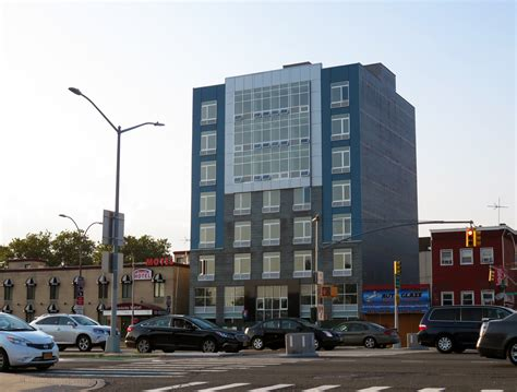 Boulevard Gardens Woodside by Completion Near For Eight Story Residential Hotel At 65 15