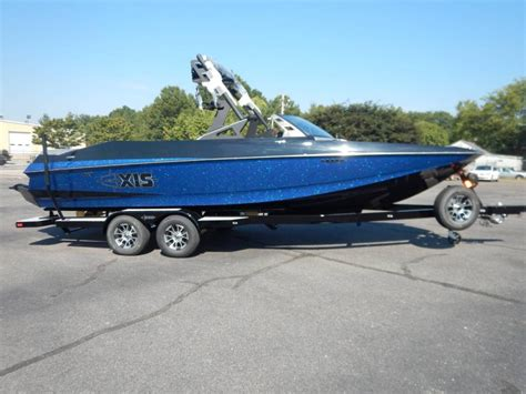 axis boat stereo options axis boats for sale in tennessee