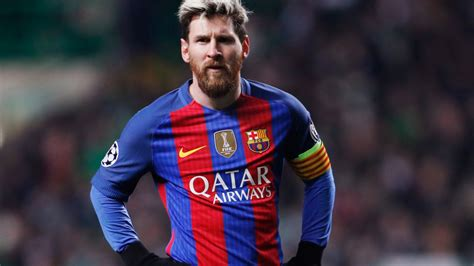 the best of lionel messi best tweets lionel messi and barcelona throw
