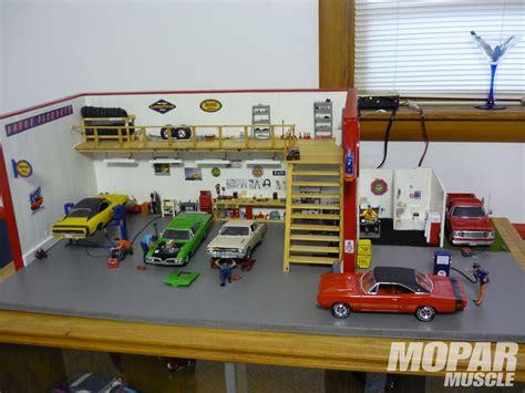 Diorama Werkstatt 1 18 by Small Scale Spotlight Mopar Diorama Rod Network