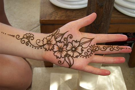 Indian House Design 9 fuss free mehndi design for groom