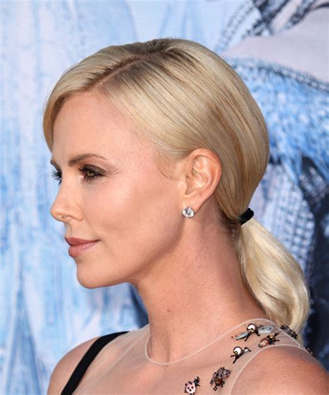 Charlize Theron Hairstyles by Charlize Theron Casual Hairstyle