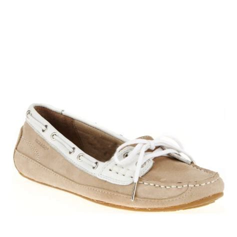 boat shoes get wet how to find the best women s boat shoes