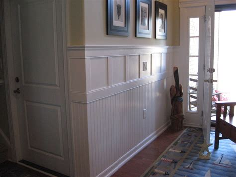 Wainscoting Foyer by Foyer Wainscoting Residence
