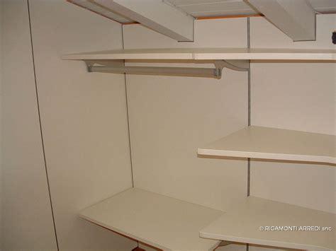 cabina armadio sottotetto armadio sottotetto cabina armadio sottotetto basso cabina
