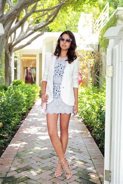 Dress Lace Greiny vivaluxury fashion by annabelle fleur lavender lace