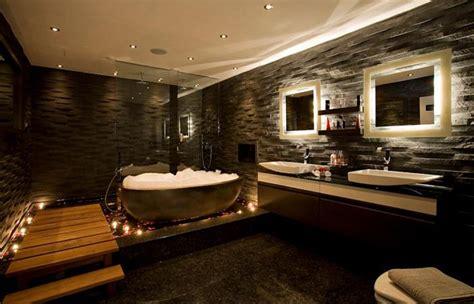 mooie natuurlijke badkamer luxe badkamers voorbeelden inspiratie