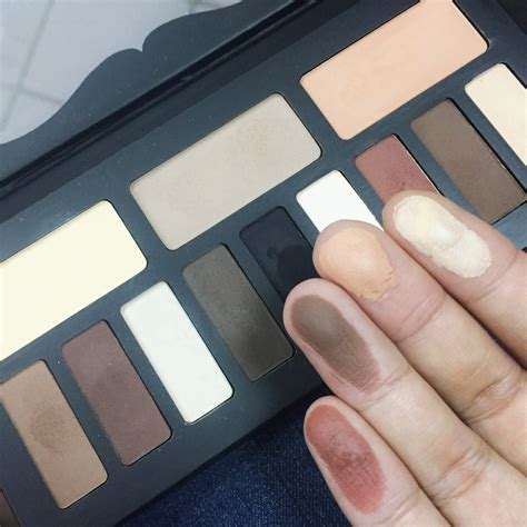 D Shade Light Eye Palette review d shade light eye contour palette